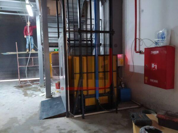 hidrolik yük asansörü, işyeri yük asansörü
